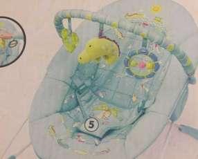 Mecedora para bebé con vibrador