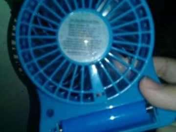 Ventilador portátil pequeño - 3