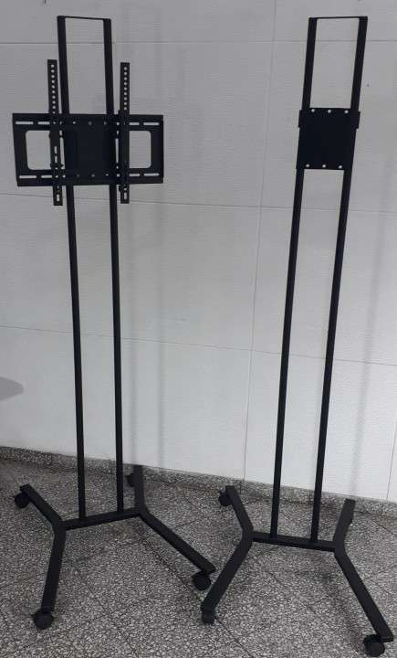 Soporte de piso móvil para tv 2 metros con ruedas - 3