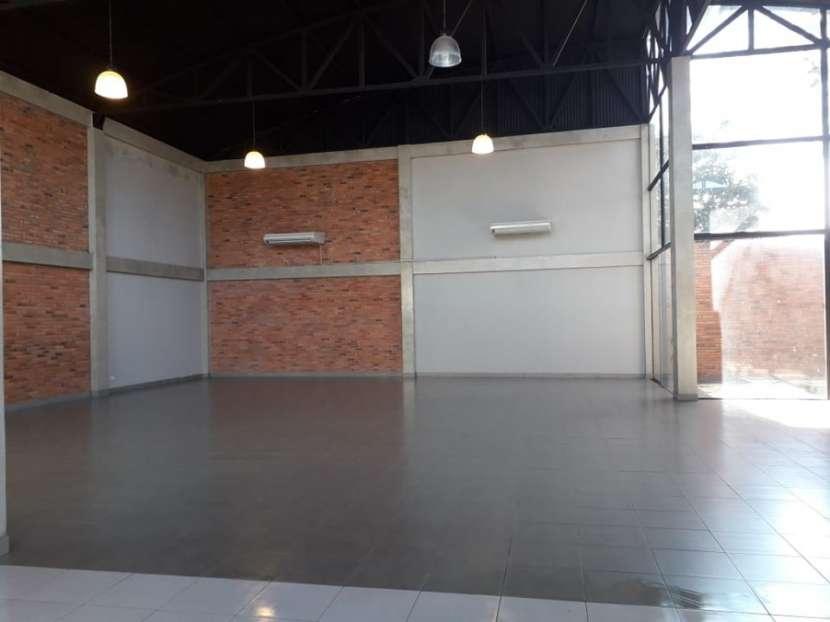 Salón en Luque A1711 - 1