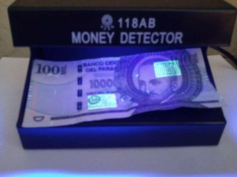 Detector de billetes falsos - 4