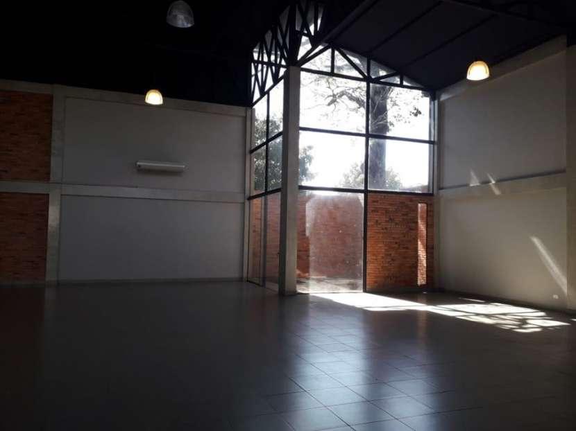 Salón en Luque A1711 - 3
