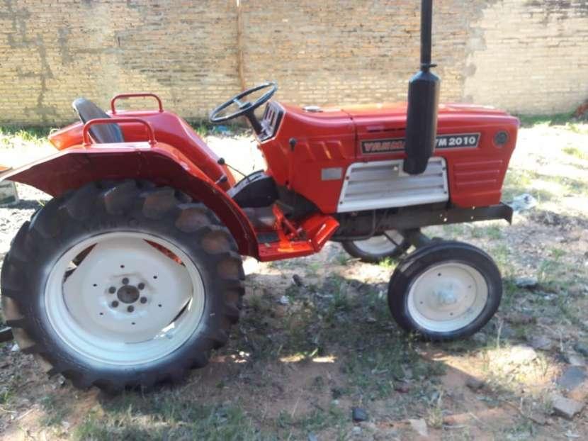 Tractor yanmar de 30 hp - 0