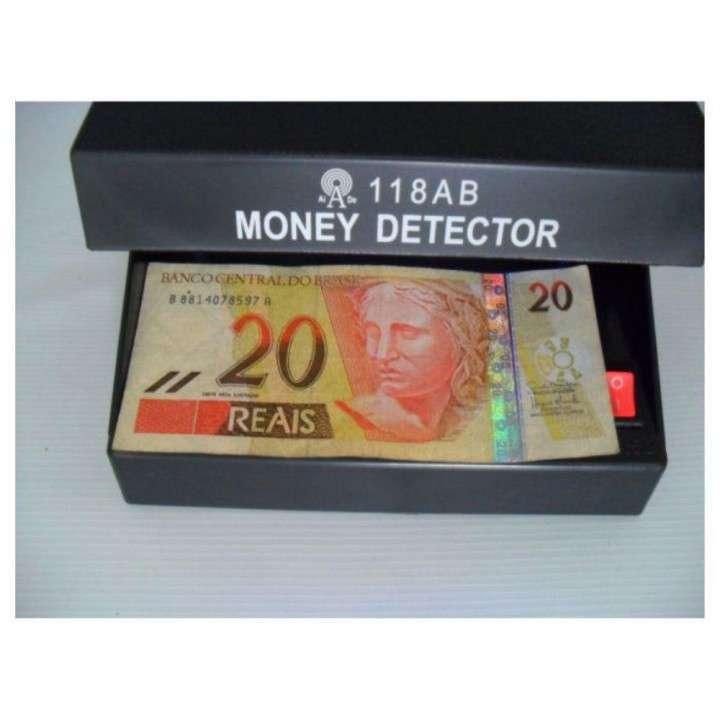 Detector de billetes falsos - 2