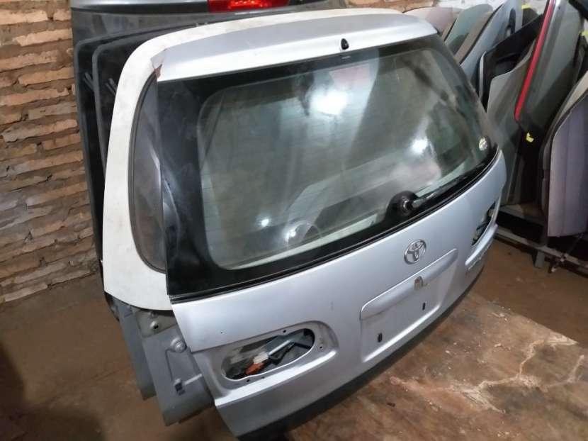 Tapa trasera para Toyota Caldina - 1