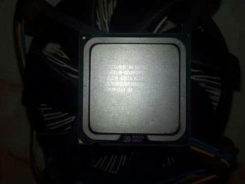 Procesador Celeron E3300 + Disipador - 1