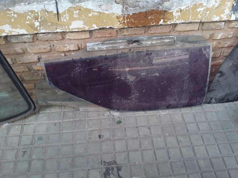 Parabrisas trasero y vidrios de puerta Daewoo Racer - 0