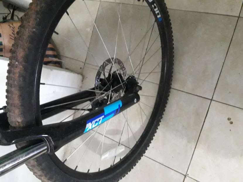 Bicicleta Canonndale - 1