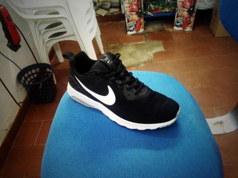 Champion Nike air max motion - 1