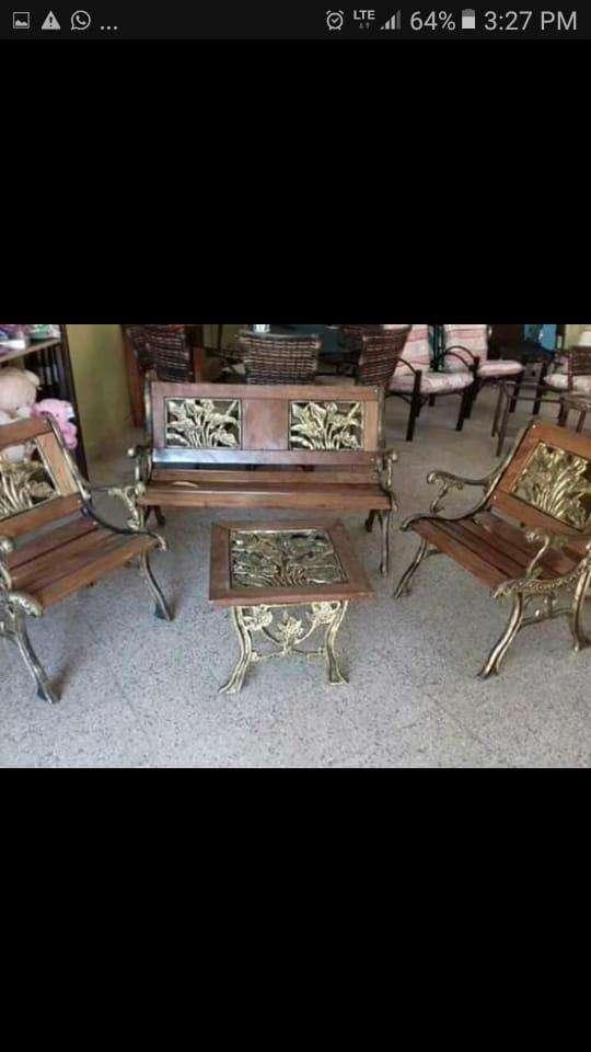 Mueble metálico y de maderas - 3