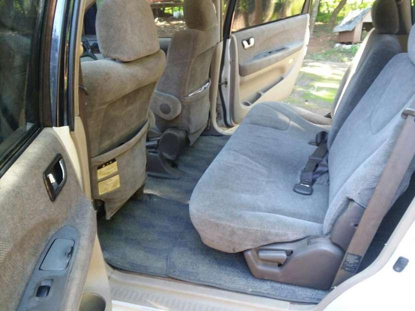 Mitsubishi Grandis 1999 - 3
