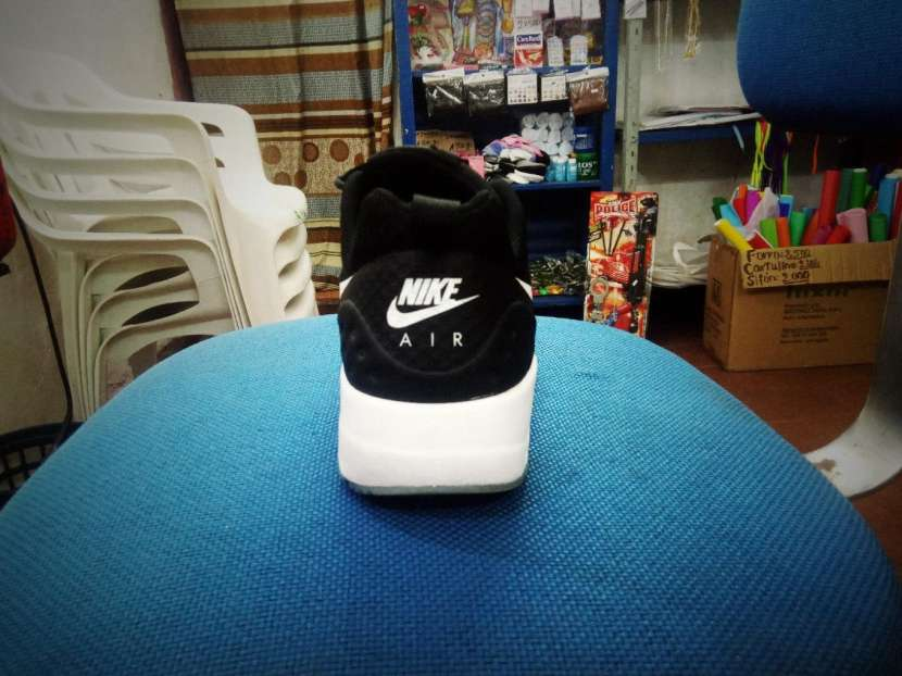 Champion Nike air max motion - 3