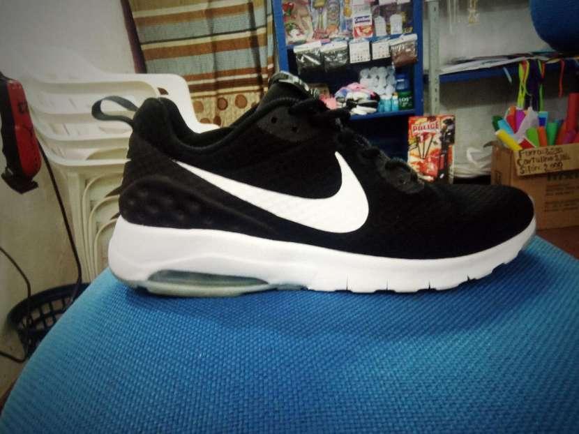 Champion Nike air max motion - 4