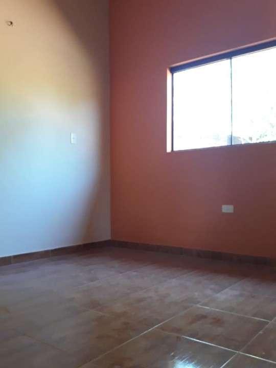 Casa entre Villa Elisa y Ñemby F3110 - 2