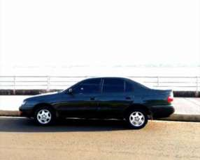 Toyota Corona Automático