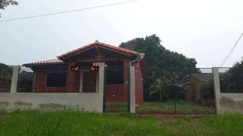 Casa entre Villa Elisa y Ñemby F3110 - 1