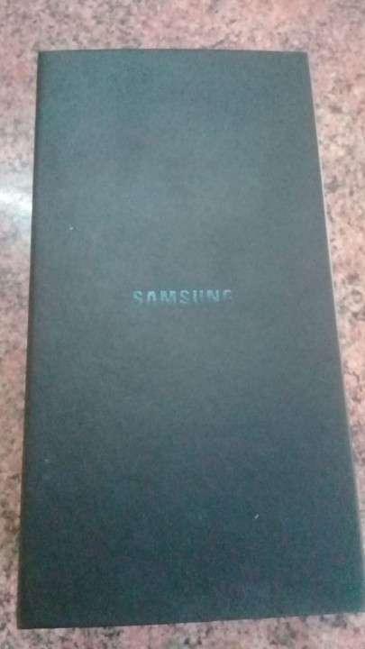Samsung Galaxy S8 - 5