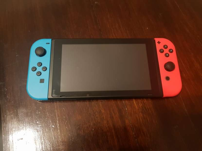 Nintendo Switch - 2