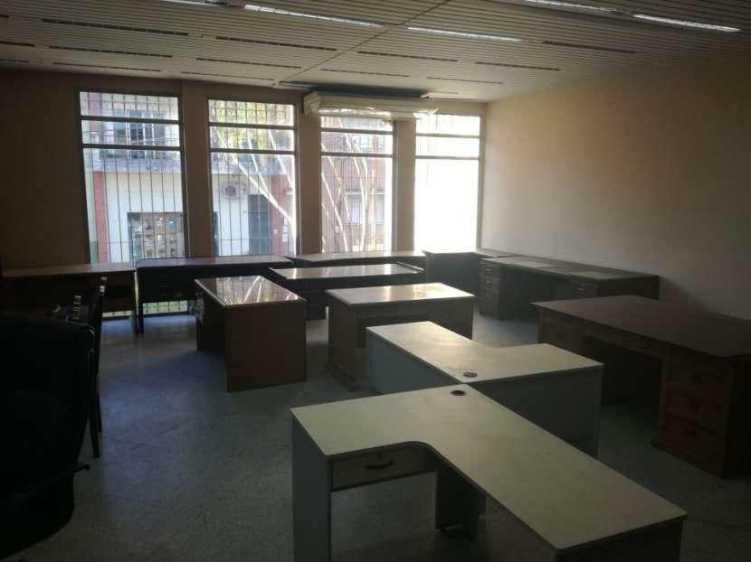Edificio de 15 ambientes zona Céntrica - 7
