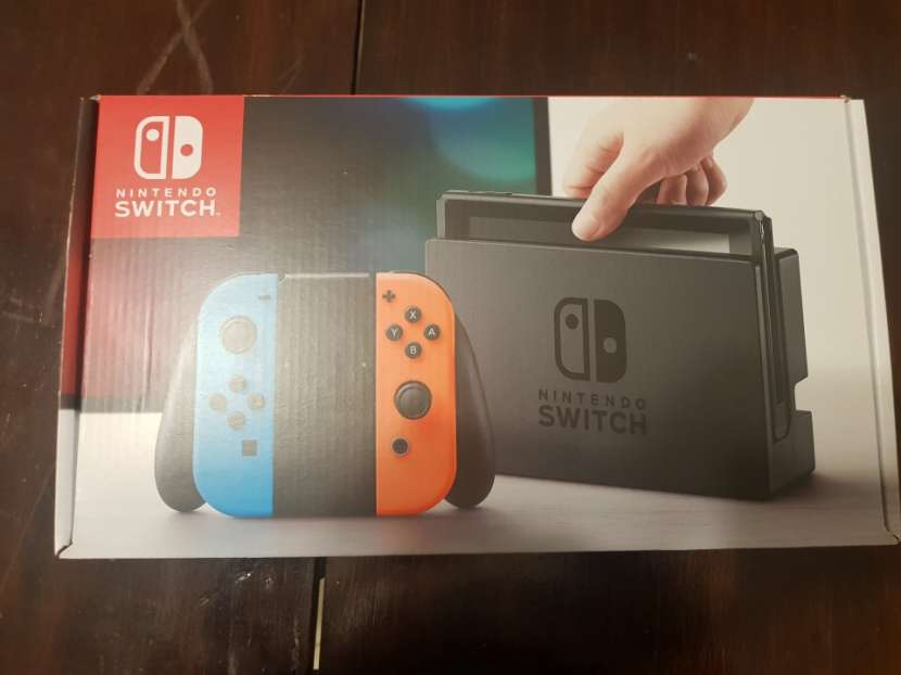 Nintendo Switch - 5