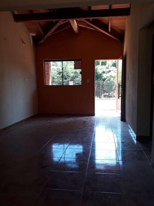 Casa entre Villa Elisa y Ñemby F3110 - 6