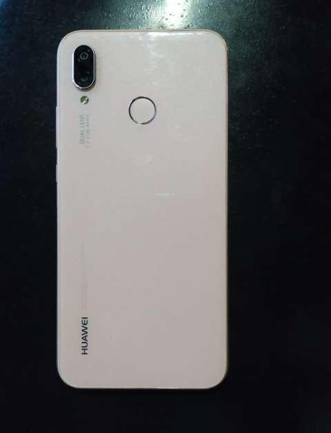 Huawei p20 lite sin tanto uso color rosa 32GB - 1