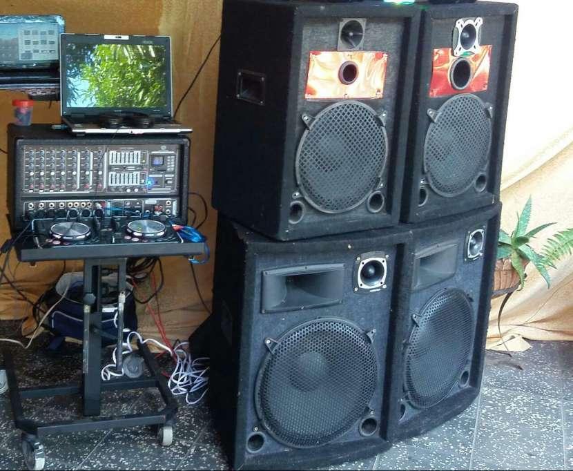 Equipo completo de DJ - 0