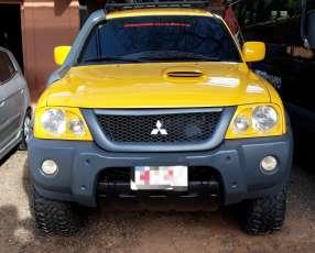 Mitsubishi Savana 2011 4x4