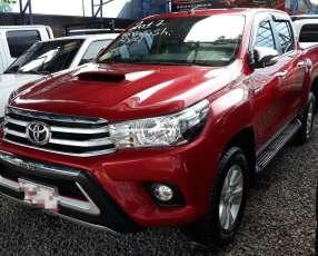 Toyota Hilux 2016 4x4 mecánica