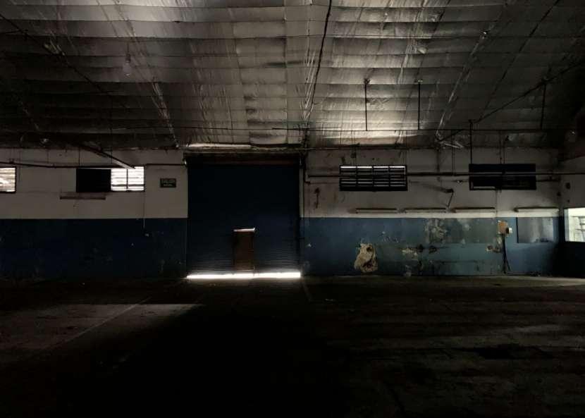 Tinglado de 1200 m2 Sobre Avda. Artigas - 7