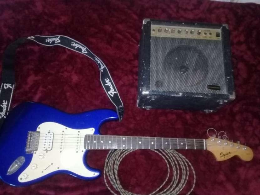 Squier Fender con Ampli - 4