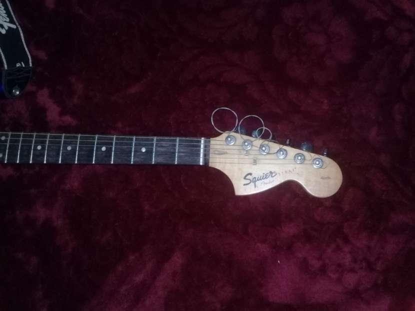 Squier Fender con Ampli - 1