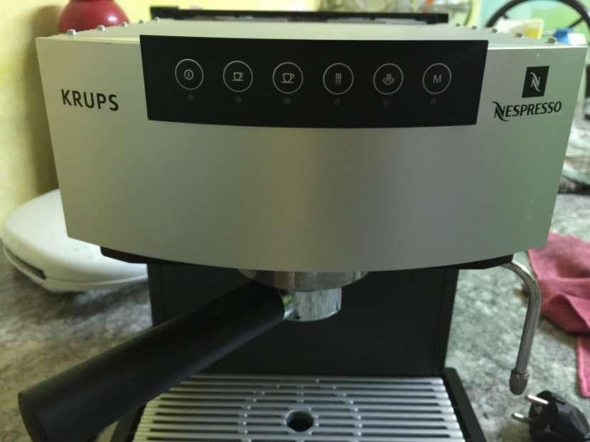 Cafetera Nespresso Krups - 1
