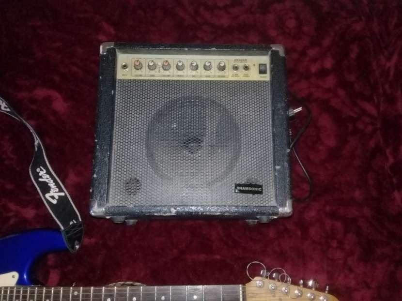 Squier Fender con Ampli - 3