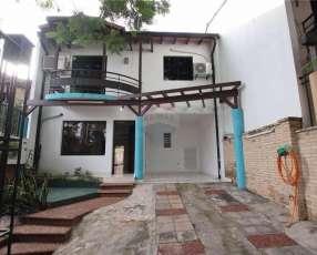 Duplex en zona las Palmas de Lambaré