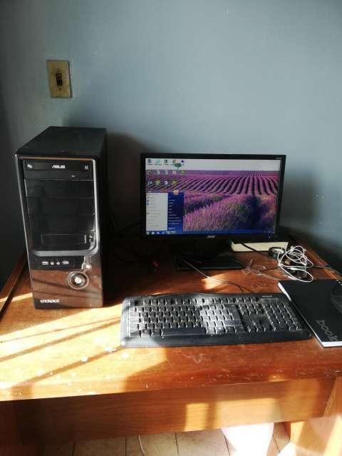 PC con escritorio - 1