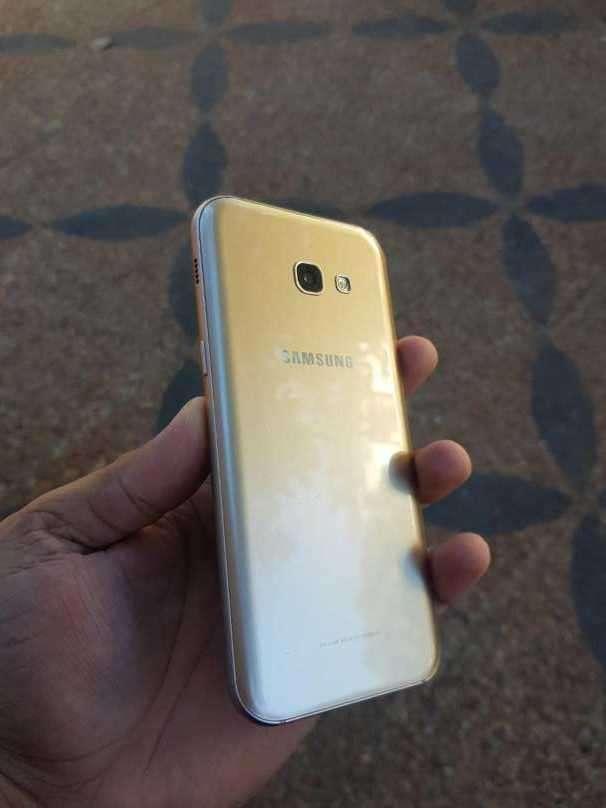 Samsung Galaxy A5 2017 - 1