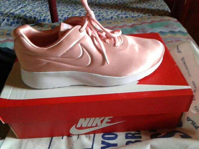 Champion Nike Tanjum calce 38/39 - 0