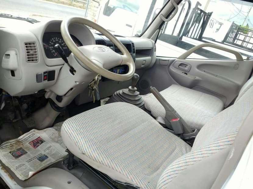 Toyota Dyna 2001 - 3