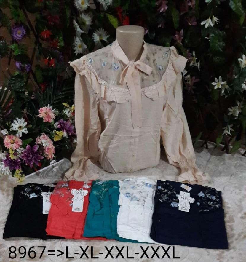 Blusas para damas y remeras para caballeros - 4
