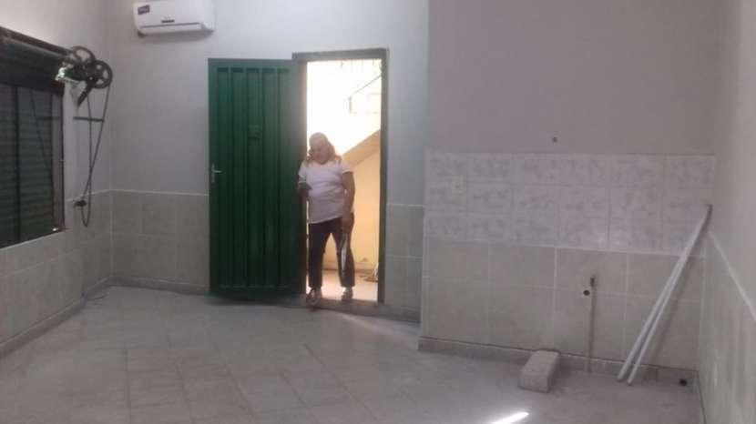Salón comercial en Mariano Roque Alonso A1773 - 1