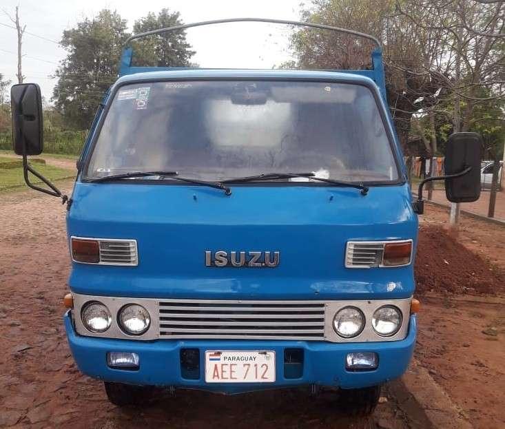 Camión Isuzu - 4