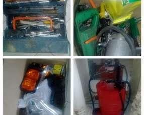 Lote de repuestos y herramientas