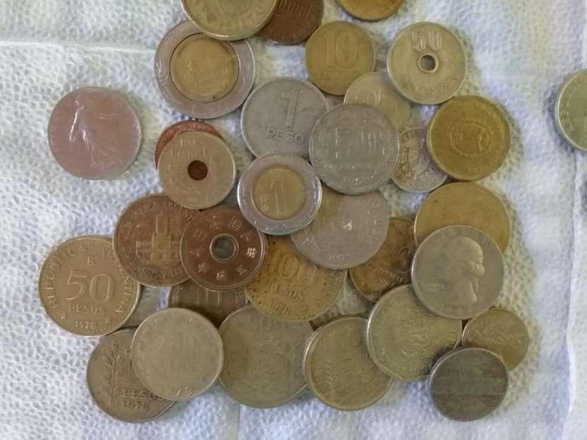 Monedas extranjeras antiguas - 0