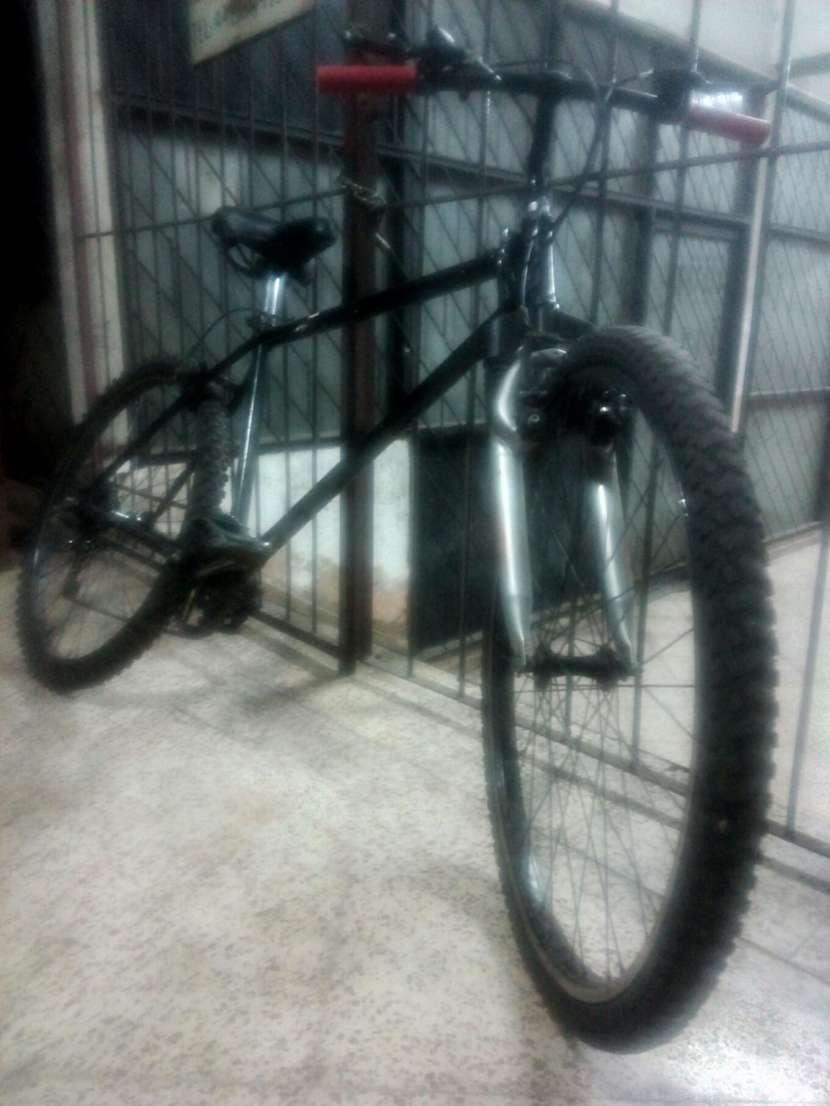 Bicicleta Bizarre - 3
