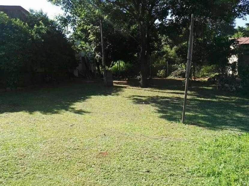 Casa en Fernando de la Mora Y5195