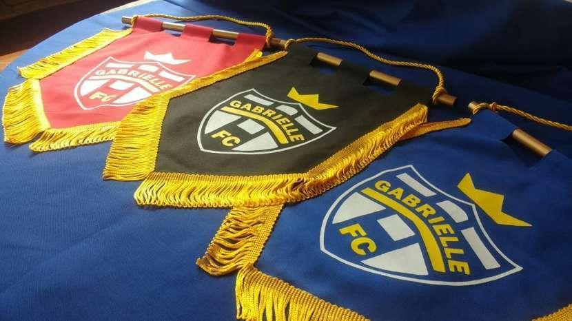 Banderines o banderitas personalizadas - 2