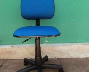 Silla de oficina secretaria p/ 100 kg