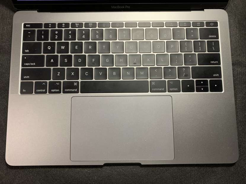 MacBook Pro 2017 sin touchbar - 4