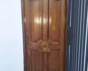 Puerta de Lapacho puro